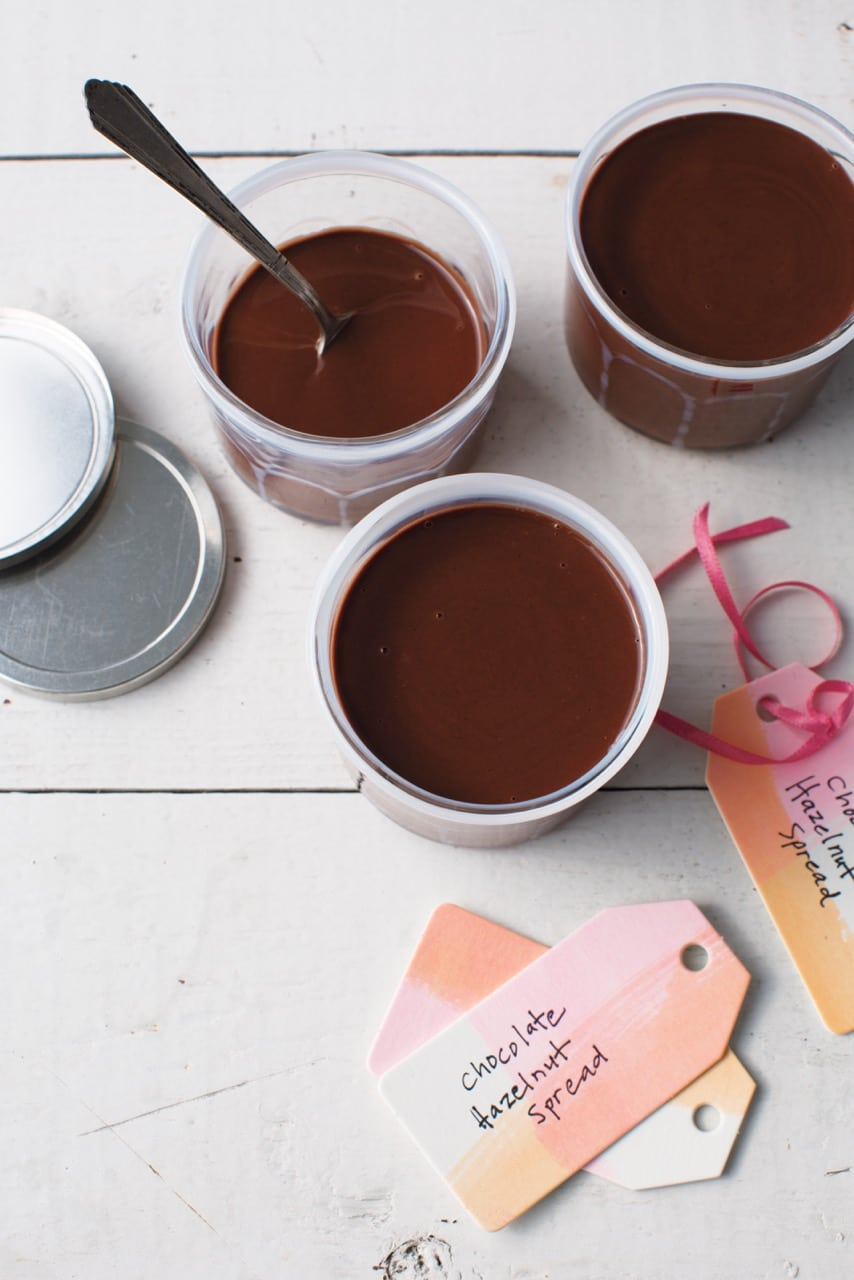 Homemade Chocolate Hazelnut Spread (aka Homemade Nutella!)