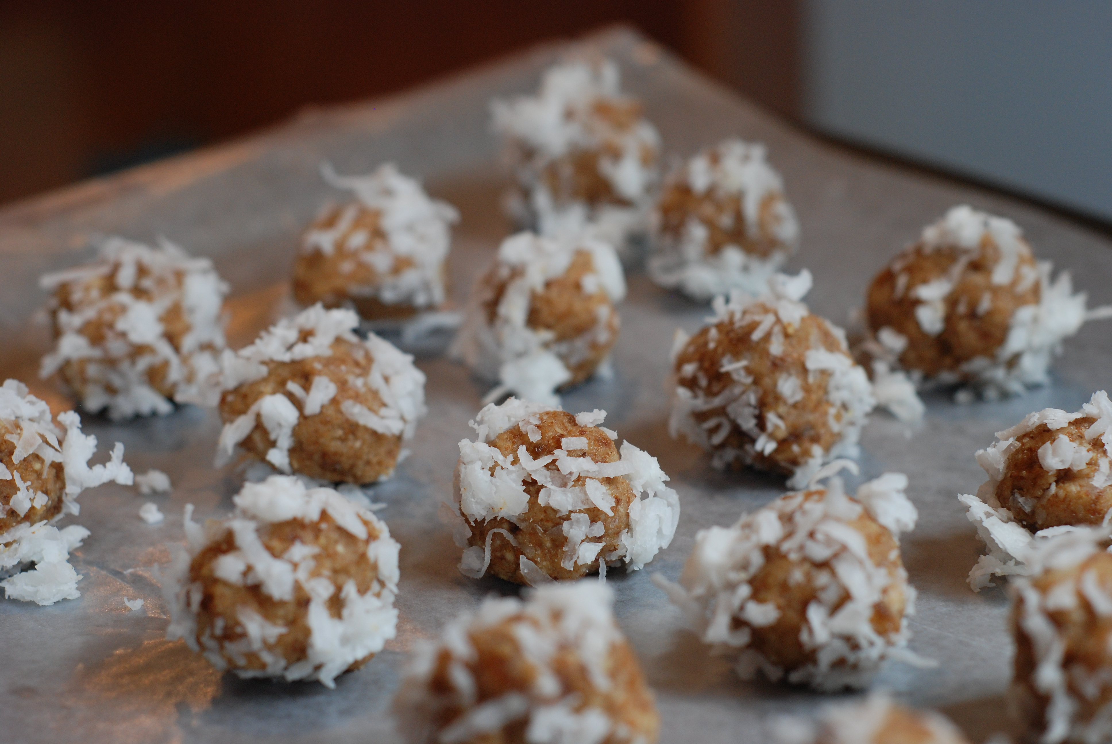 """The Trap of """"Clean-Eating"""" Treats by Real Mom Nutrition"""
