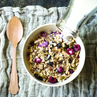 Dark Chocolate Raspberry Muesli