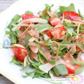 25 Recipes For Homemade Salad Dressing