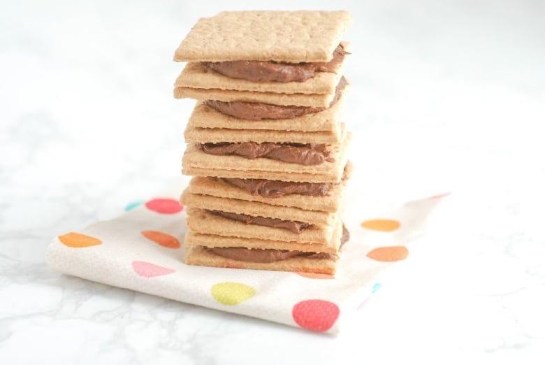 Graham Cracker Cookie Sandwiches