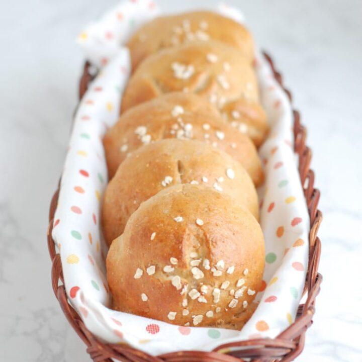 Bread Machine Oatmeal Rolls