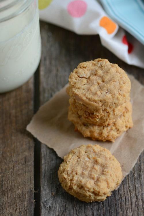 4 Ingredient Peanut Butter Cookies