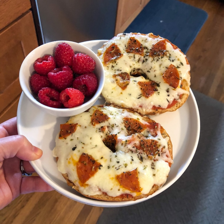Pizza Bagel: Lunch Ideas for Teens
