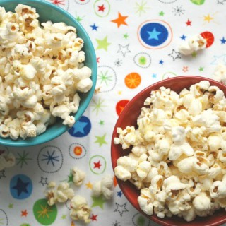 No-Fail Stovetop Popcorn -- Real Mom Nutrition
