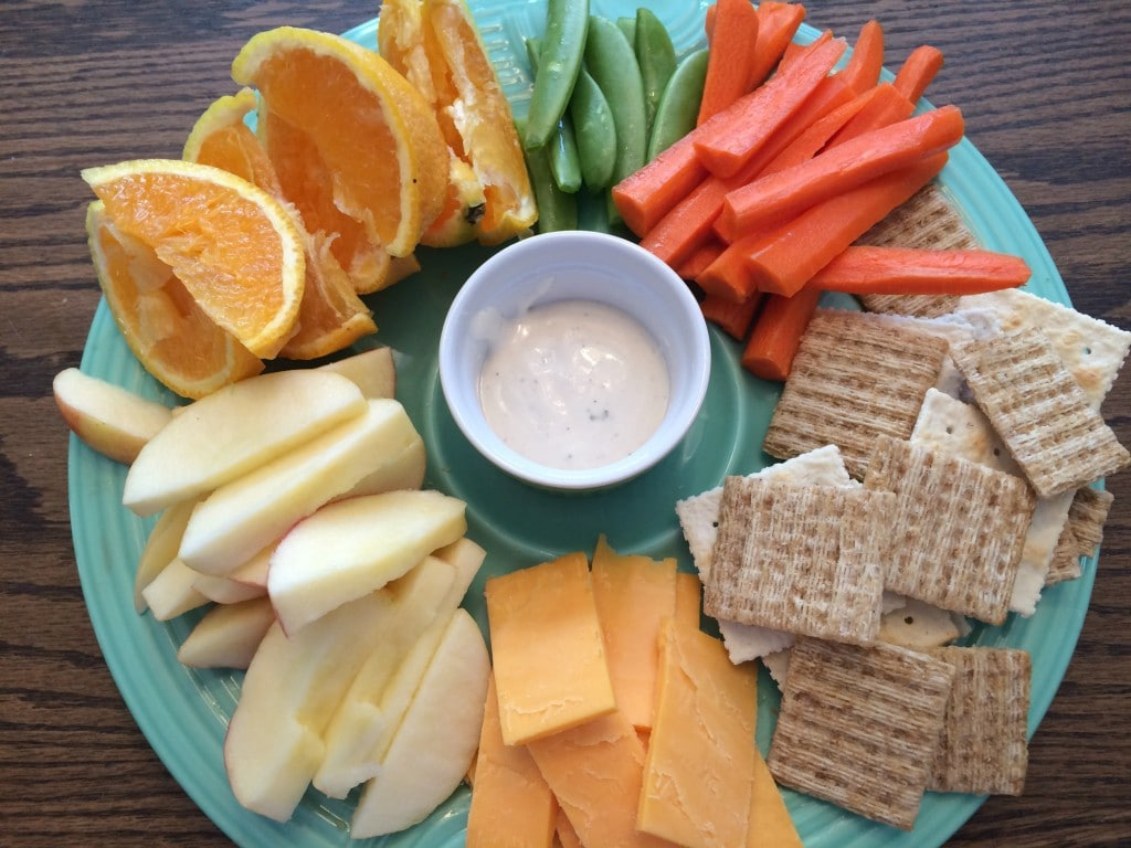 How A Snack Platter Can Teach Your Kids About Healthy Snacking