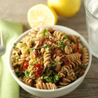 Spinach and Sundried Tomato Pasta