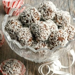 No-Bake Chocolate Peppermint Bites