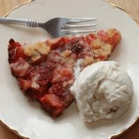 Strawberry Rhubarb Crumble Tart