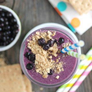 Kid-Friendly Wild Blueberry & Kefir Breakfast Smoothie